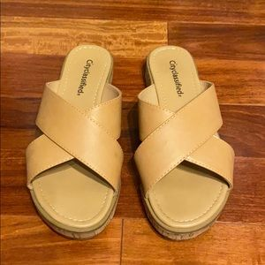 City Classified nude sandals